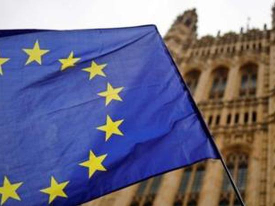 """英国""""脱欧""""事务大臣:英国下个月将制定欧盟贸易目标"""