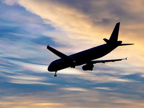 《航空周刊》将未来10年全球飞机交付量预期下调30%