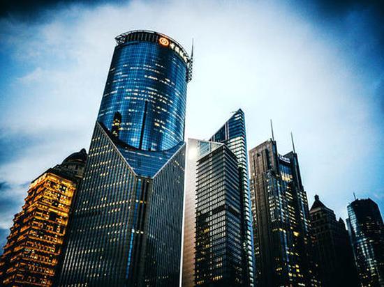 [CFO成绩单]中国金茂少数股东权益激增损益却减少 或存隐藏债务