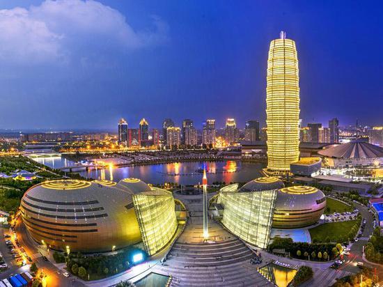 郑州打响2021楼市调控第一枪 土拍溢价超120%~130%立即熔断