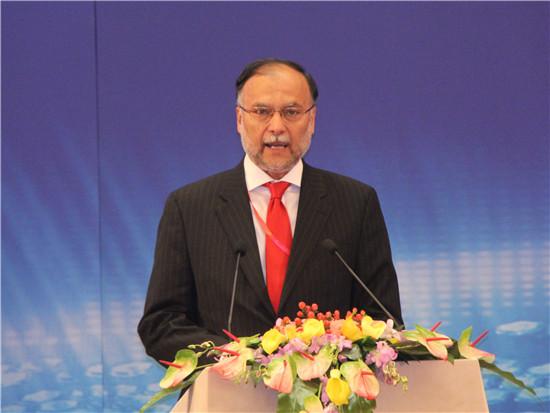 巴基斯坦计划与发展部部长阿赫桑·伊克巴尔
