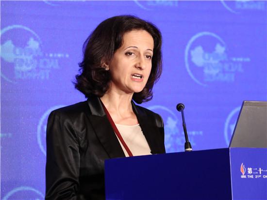 保加利亚金融监管委员会主席卡丽娜•卡瑞瓦诺娃