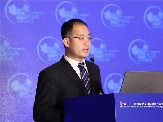 香港义隆金融集团总裁郭旭波