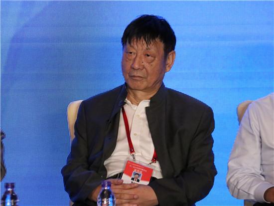中银国际研究公司董事长曹远征
