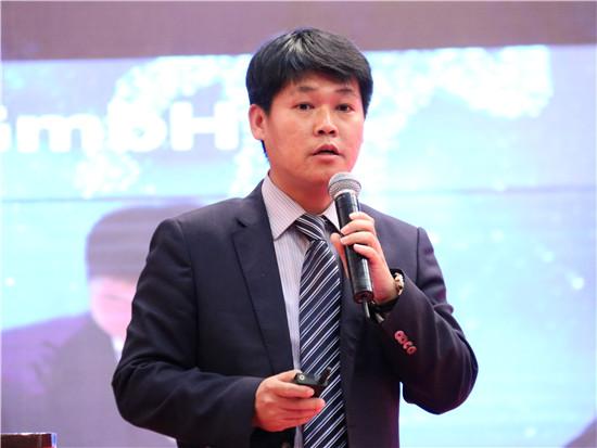 树根互联技术有限公司副总裁崔斌