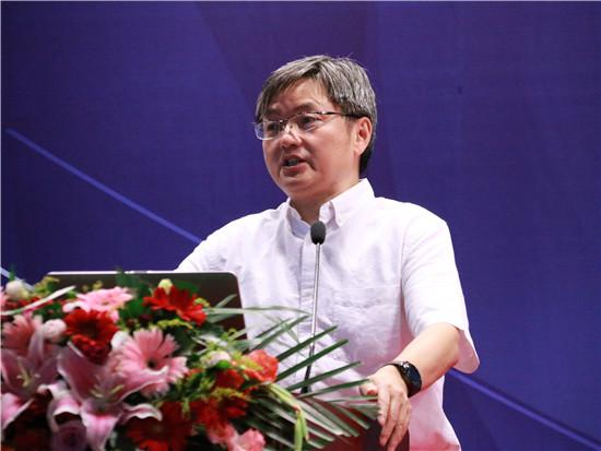 中国人民大学学术期刊社社长杨瑞龙