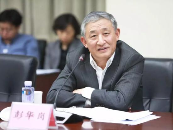 88老虎官网导航_上交所发布第一届科创板公开发行自律委员会委员名单
