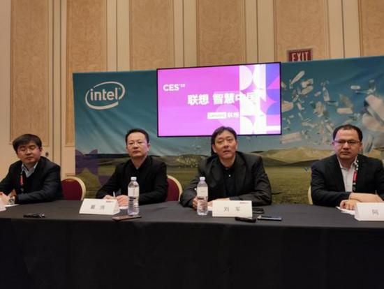 联想刘军:折叠屏Razr二季度中国发布 将支持5G