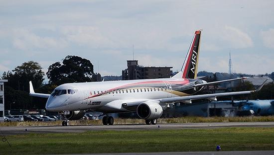 2月17日报道,16日在新加坡开幕的亚洲最大的航展上,三菱飞机公司宣布