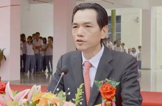富德系掌门人张峻疑是刘志庚的白手套 千亿帝国岌岌可危