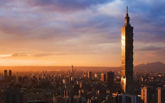 台湾经济为啥在亚洲四小龙中垫底