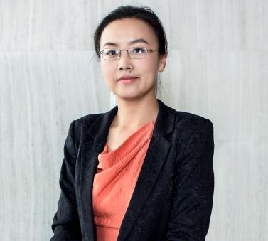 星石投资管理有限公司总经理、投资决策委员会副主席杨玲
