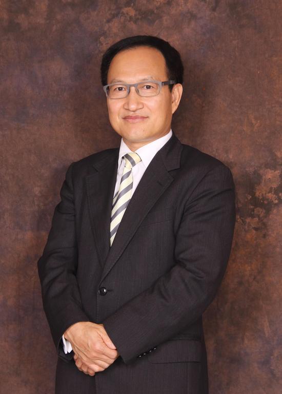 张高波 东英金融总裁