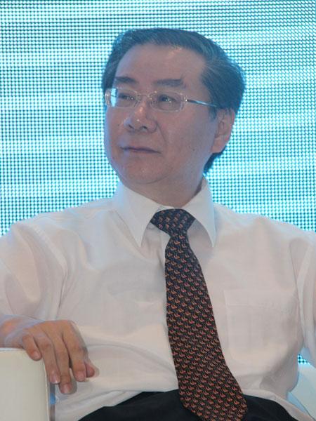 中国人民大学商学院教授、EMBA中心学术主任杨杜