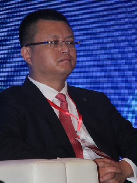 海航集团董事局董事、首席执行官黄琪珺