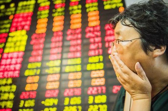 长期投资者应暂停香港市场交易