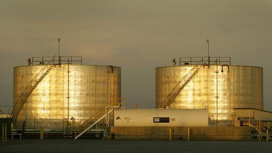 美国WTI原油周五收高3.7% 本周跌2.1%_网赚小游戏