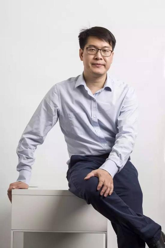 ▲ 姚劲波见到王峰,谈起2008年,也感慨说,幸亏他在那一年拿了软银1000多万美元。