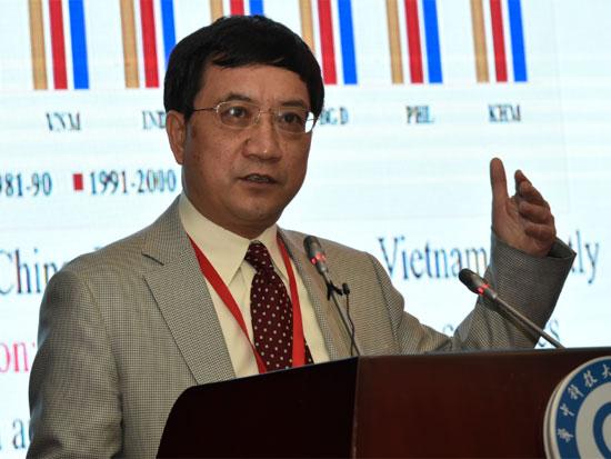 北京大学现代农学院教授、中国农业政策研究中心主任黄季焜