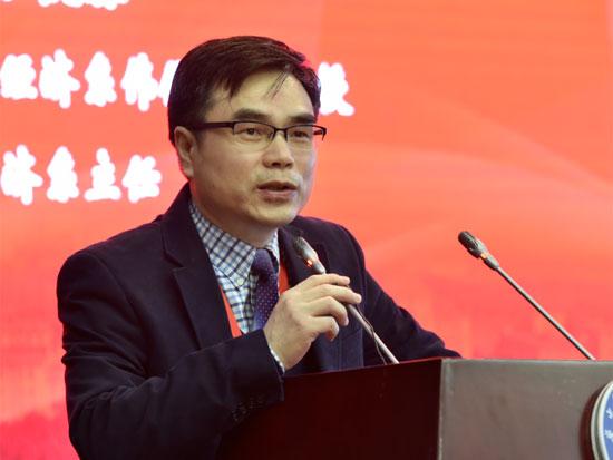 香港中文大学伟伦经济学讲座教授、经济学主任张俊森