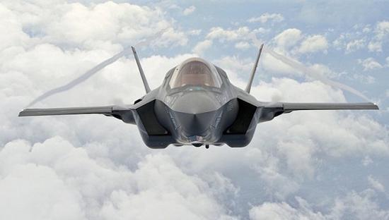战斗机--特朗普炮轰F-35成本失控 洛克希德马丁市值瞬间蒸发40亿