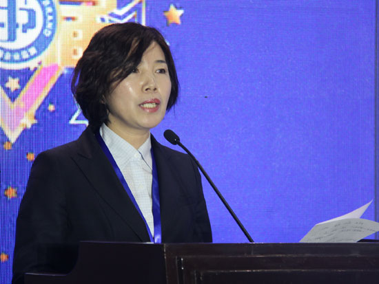 黑龙江珍宝岛药业股份公司副总裁许照芹
