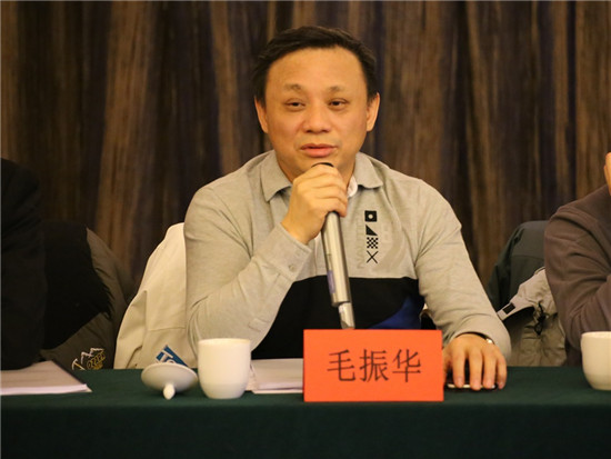 中诚信集团创始人、董事长,中诚信国际首席经济学家