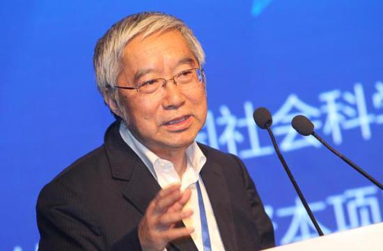 余永定:中国推行人民币国际化操之过急了