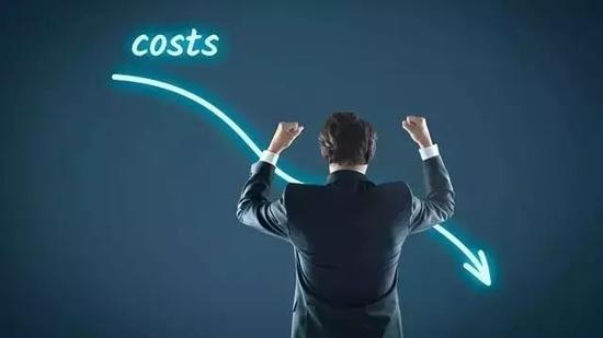 互联网时代的免费,建立在新增客户的增量成本为零的基础上