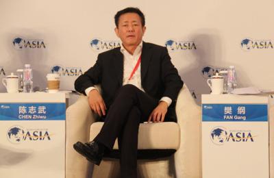央行货币政策委员会委员、国民经济研究所所长樊纲