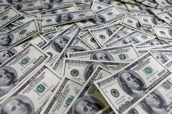 通胀和零售数据不及预期 美元跌至10个月低点