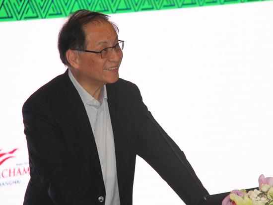全国政协常委、全国政协经济委员会副主任、中国银监会前主席刘明康