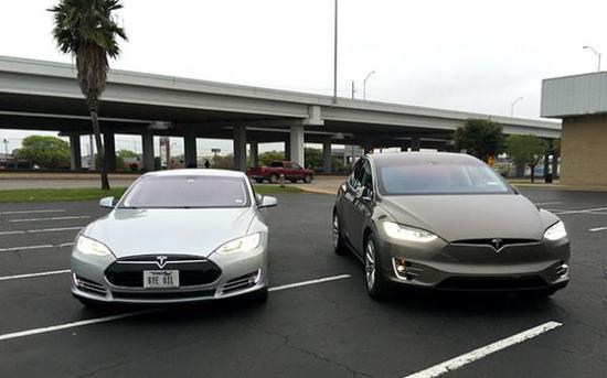 据悉,被召回的这两种车型,属于高端豪华车,去年,特斯拉一共交付了7.6万辆Model X和Model S。