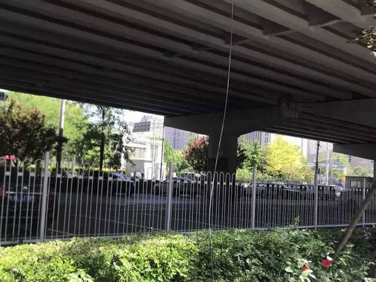 冯仑:城市高架的下半身暴露了城市的品位