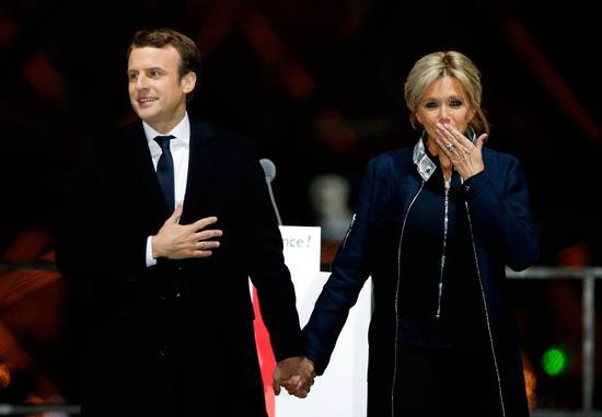 法国新总统娶年长25岁妻子就是祁同伟式婚姻?