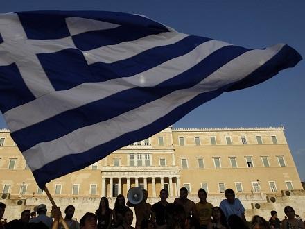 英媒:希腊债务纾困协议未能达成 经济重陷衰退