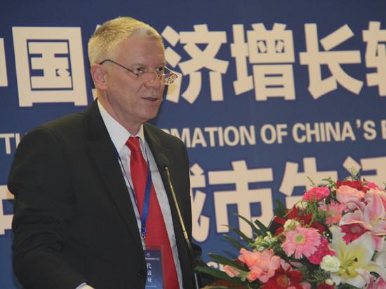 国际货币基金组织金融部门首席专家Olivier Frecaut