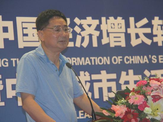 上海财经大学经济学院院长、美国德克萨斯农工大学终身教授田国强
