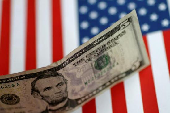 美元创下近七年来最大季度跌幅