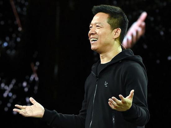 新浪美股讯 北京时间4日早间消息,据国外媒体报道,知情人士称,贾跃亭投资的美国电动汽车初创公司法拉第未来将宣布一次重大管理层改组,贾跃亭将被任命为法拉第未来全球执行委员会主席,这将是他首次在该公司担任正式职位。