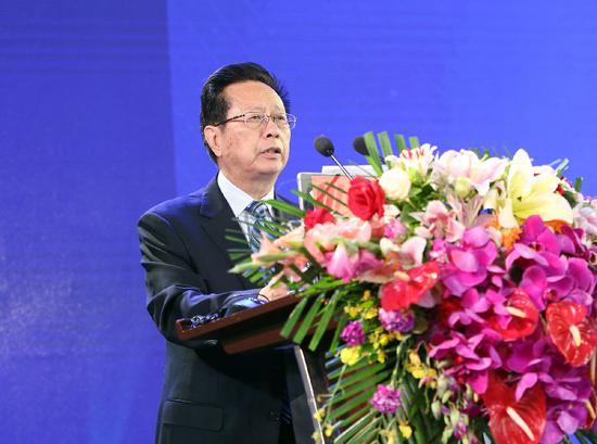 全国人大常委会副委员长、民建中央主席陈昌智