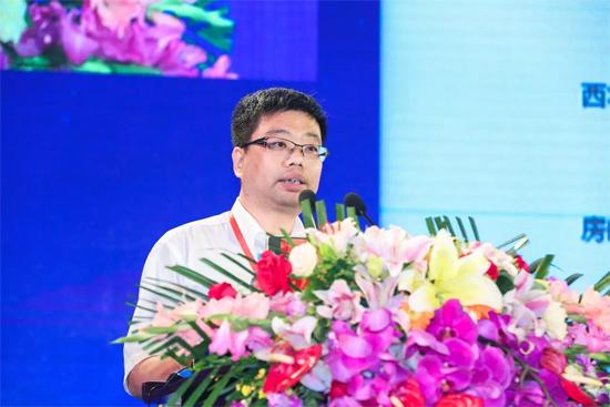 北京市顺义区政协副主席、投资促进局局长杨凤辉
