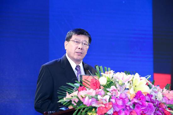 全国政协常委、北京市政协副主席王永庆