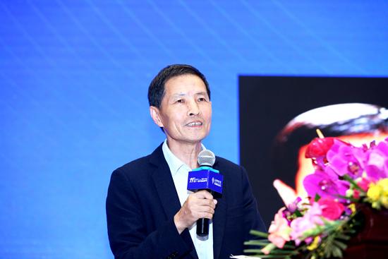 中国电子商务协会常务副理事长郑砚农