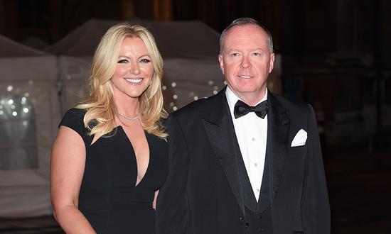 该项目开发商道格拉斯-巴罗曼及其女友、英国内衣女王米歇尔-蒙恩