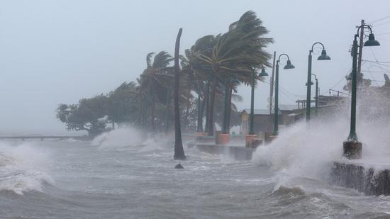开盘:飓风损失小于预期 美股周一高开