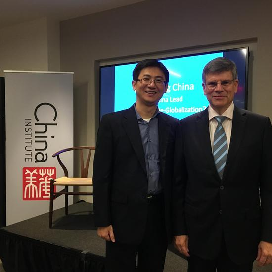 对话哈佛教授:中国在电力和基础设施上已经领先