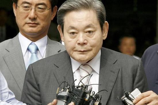 三星旗下建筑公司遭警方搜查:李健熙涉嫌挪用公款
