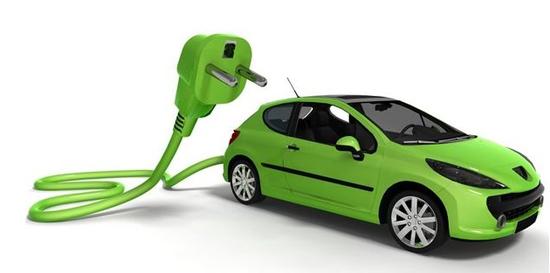 """新能源汽车推广要有两手准备——""""看不见的手""""和""""看得见的手""""都要用好"""