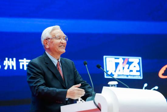 图为国家发改委原副主任、能源局原局长张国宝